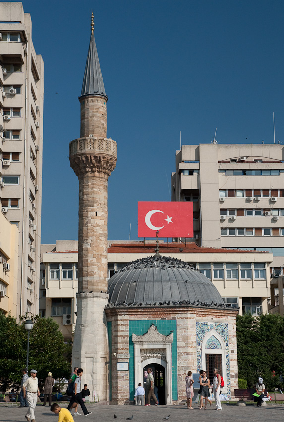 A tiny mosque in downtown Izmir
