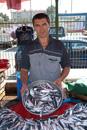 fiskförsäljare på marknaden